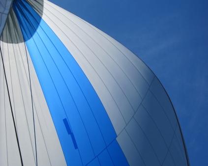 Sun on our sails!